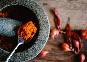 The Basics of Making Your Own Curry Paste